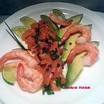 recette Saumon cru mariné aux crevettes et avocat