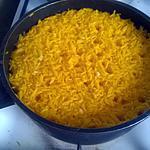 recette riz frit à l'ail au colorant.