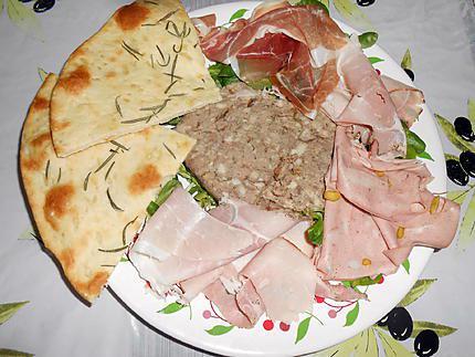 recette de pizza blanche au romarin pour remplacer le et charcuterie