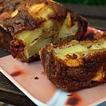 recette CAKE AUX POMMES ET RAISINS SECS CANNELLE