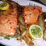 recette Pavé de saumon aux endives et baies roses