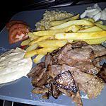 recette Assiette kebab frites boulgour sauce créme à l'ail