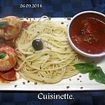 recette Oeufs durs à la sauce tomates/ basilic.