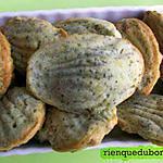 recette Madeleines apéritives : crème de gorgonzola, citron et graines.