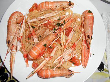 Spaghettade langoustines et thon 430