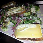 recette Salade campagnarde au chévre chaud et miel