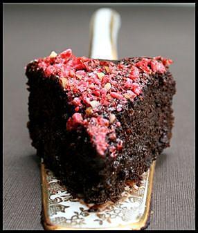 gâteau mousseux choco-fraise-pralines (1)