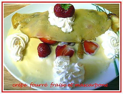 crépe fourré fraise et mascarpone