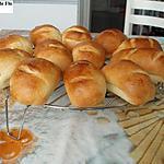 recette Petits pains au lait tout moelleux