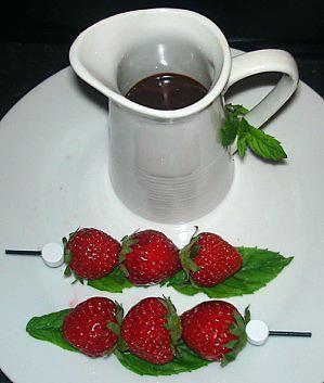 Brochettes de fraises Mara au Nutella 08