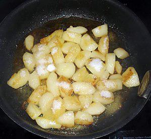 poires-sautees--caramelisees-a-la-vanille-05.JPG