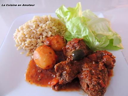 http://recettes.de/tajine-de-viande-hachee