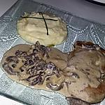 recette Roulade de porc a la sauce au champignons et mousse de cèpe, purée maison a l'huile de truffe blanche