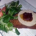 recette Mâche et fois gras au confit de figue sur tartine de pain d'épice figue et noix