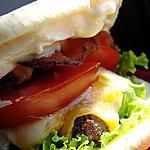 Hamburgers de boeuf au pesto et noix