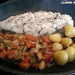 recette Filet de poisson blanc, pdt légérement rissolées et reste de légumes d'hiver mijoté