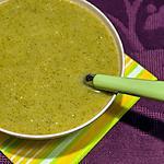 recette Soupe de brocolis au roquefort