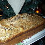 recette Cake roquefort, noix et raisins blonds secs