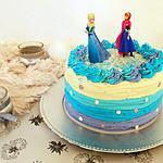 recette Ruffle layer cake Reine des Neiges au Kinder