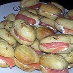 recette Minis éclairs au saumon et au saint moret citronné