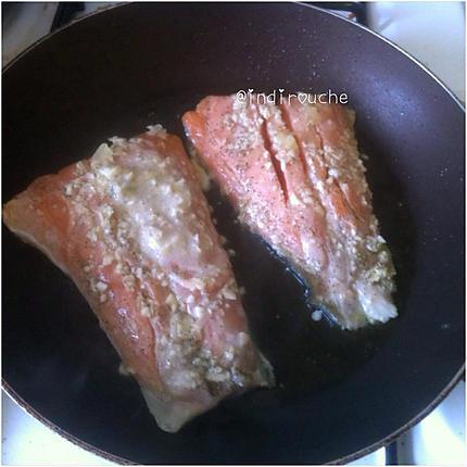 Recette de saumon grill po l et sa sauce aux fromages - Sauce pour saumon grille barbecue ...