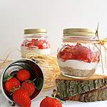 recette Petits cheesecakes chèvre frais & fraises en bocal { sans cuisson, sans gluten }