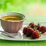 recette Crème à la vanille, brochettes de fraises