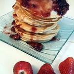 recette Pancakes au beurre de cacahuète et coulis de fraise