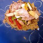 recette Filet de poulet aux poivrons , pomme , curry et riz
