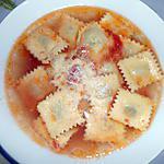 recette RAVIOLI AU BROCCIU AL BRODO (au bouillon)