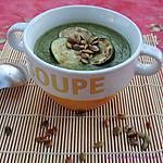 recette Velouté de courgettes et graines de courge