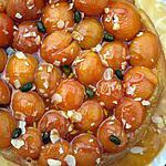 recette Tarte tatin à l'abricot, caramel beurre salé et ses éclats d'amandes et pistaches