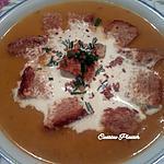 recette Velouté de courge butternut aux châtaignes, noix et croûtons.