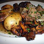 recette Tagine de joues de porc aux girolles, mirabelles, et pommes de terre grenaille…