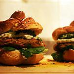 recette Burger de sarrasin, courge et coriandre à la crème de cajous et fondue de poireaux