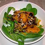 recette Salade de mâche et  taglatielle de carotte safranée