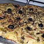 recette Fougasse a la fondue de poireau et lamelles d'encornet