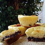 recette Minis cakes au fromage blanc & fleur d'oranger sur lit de pépites au chocolat