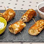recette Crêpes fourrées aux bananes, sauce chocolat et chantilly