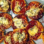 recette Mini-pizzas apéritives à la fourme d'Ambert