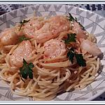 recette Spaghetti aux crevettes, sauce crémeuse à l'ail et au paprika