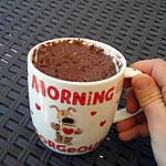 recette Mug Cake light au chocolat et fraises