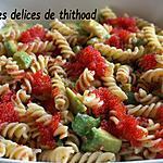 recette salade de pâtes, avoacat et oeufs de lompe