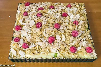 Photo de recette de tarte, gourmande, framboise, rhubarbe, amande, facile, bio, Kilomètre-0, blog de cuisine réalisée à partir de produits locaux et issus de circuits courts