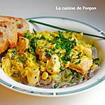 recette Poulet au poireau parfumé de curry et lapacho sur un lit de nouilles de patates douces