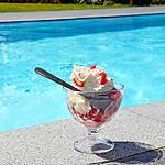 recette Glace à la fraise parfumée à la liqueur de basilic