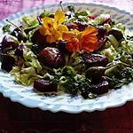 recette assiette foies  confits,fleurs  de capucines,   de capres,,betterave,salade