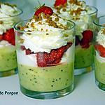 recette Mousse de kiwis, fraises et croquant de spéculoos
