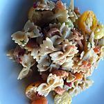 recette Salade de farfalles,saumon fumé, piquillos et sauce crèmeuse