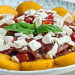 recette Salade de tomates aux nectarines et à la fêta